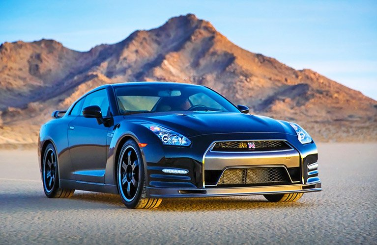 Nissan-GtR-Track-Edition-2014