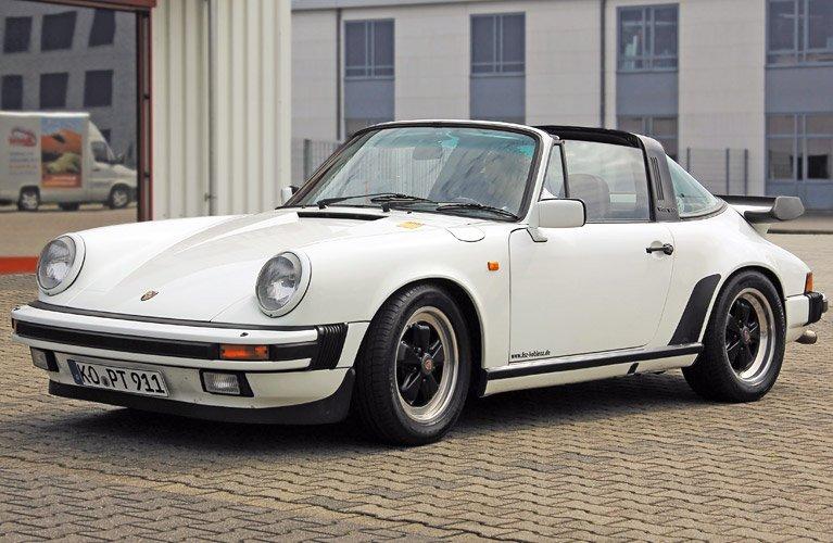 Porsche_911_Carrera_Targa