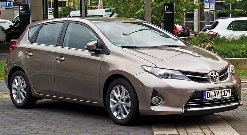 Toyota_Auris_2.0