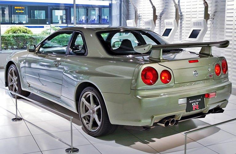 Nissan_Skyline_R