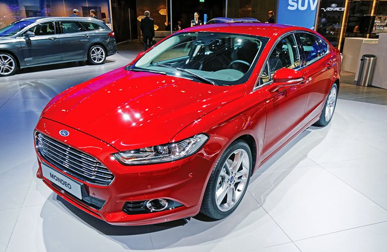 Ford_Mondeo_2015