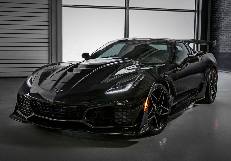 Дилерам Chevrolet показали «выглядящий среднемоторным» Corvette