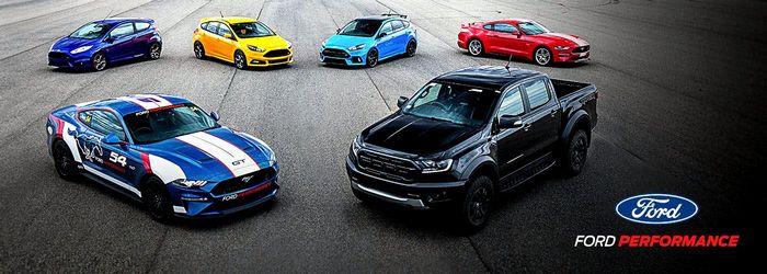 Ford принимает «Mustang Racing Down Under Under» в серии суперкаров Австралии