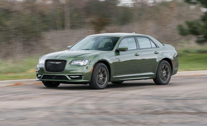 Руководство по покупке подержанных автомобилей: Chrysler 300C...