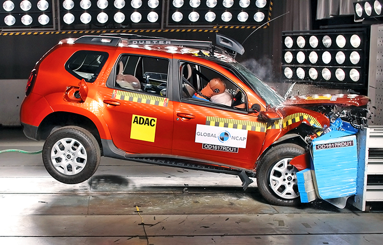 Краш тест Renault Duster