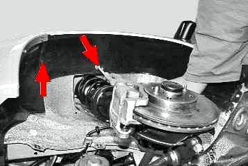 kak ustanovit podkrylki na prioru 5 1 - Штатные подкрылки на приору