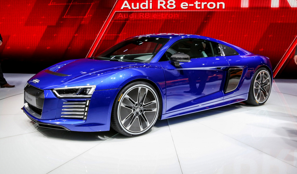 Электрический Audi R8 3